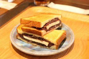 阿部饅頭店さんのあんこサンドには、なんと○○が?!食べたあなたはきっと病みつきに☆